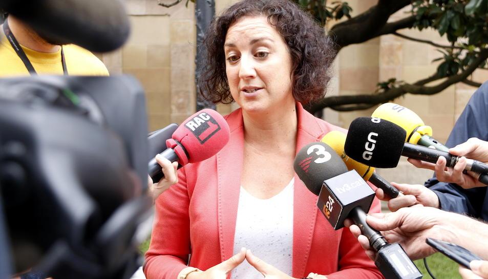 La portaveu adjunta del PSC al Parlament, Alícia Romero, fent declaracions als mitjans aquest 20 d'octubre.