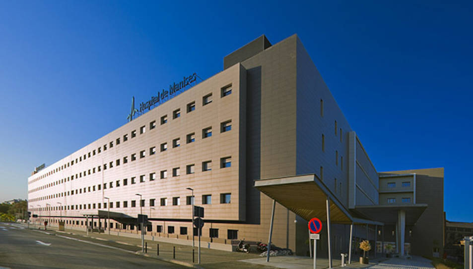 Imatge d'arxiu de l'Hospital de Manises, on la víctima va acabar morint un dia després de l'agressió.
