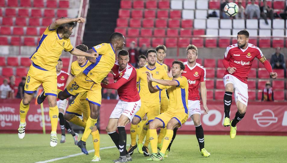 Un moment del partit d'aquesta jornada, on el Nàstic va caure per 0 a 3.
