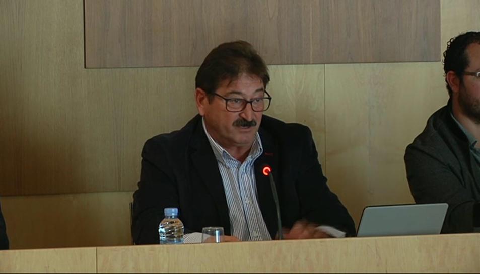 Antoni Brull, del PSC, ha votat a favor de la moció contra el 155.