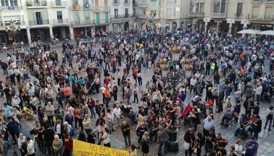 Concentració a la plaça del Mercadal de Reus