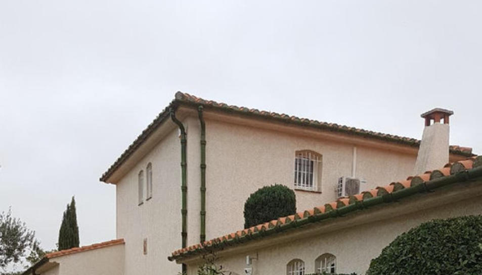 Pla mig d'un dels habitatges que s'han posat a disposició del president, Carles Puigdemont, en cas d'exili.