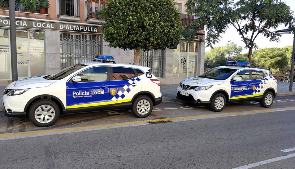 Imatge dels nous vehicles policials de la Policia Local d'Atlafulla, adquirits per sistema de rènting per quatre anys.