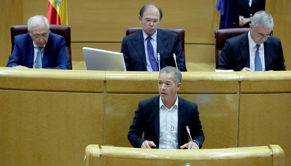 El portaveu socialista al Senat, Ander Gil, durant la seva intervenció avui davant de la comissió del Senat que tramita les mesures aprovades per l'Executiu en aplicació de l'article 155 de la Constitució a Catalunya.