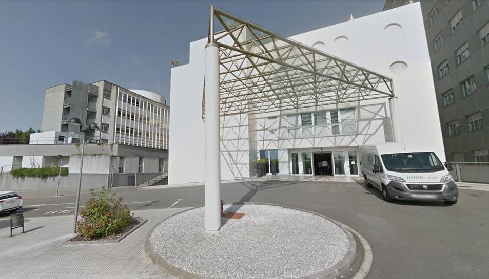 La víctima va ser atesa a l'Hospital de Cabueñes, a Gijón.