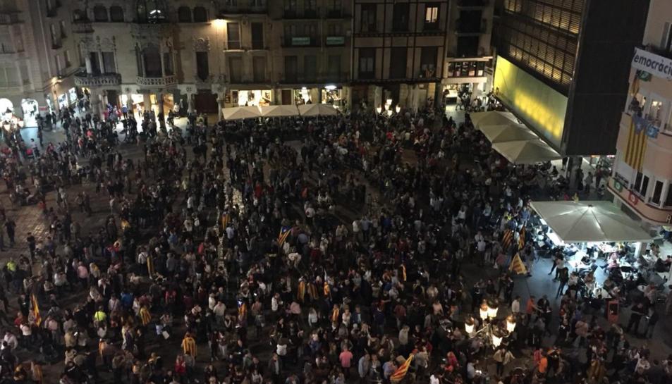 Imatge aèria de la plaça del Mercadal de Reus.