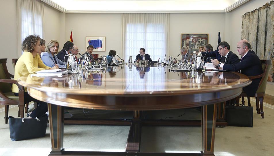 Imatge general de la reunió del Consell de Ministres extraordinari, el 27 d'octubre de 2017