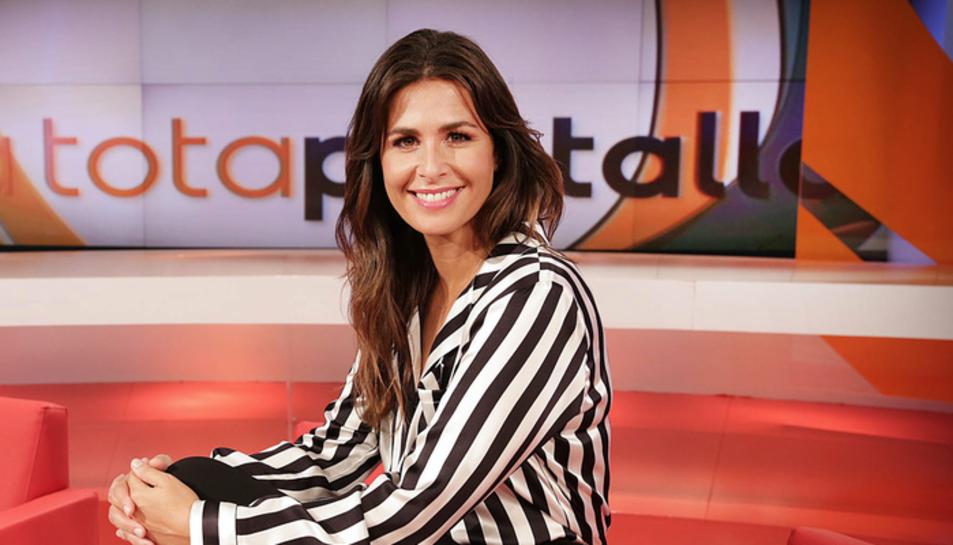 Núria Roca presentava el programa 'A tota pantalla´.