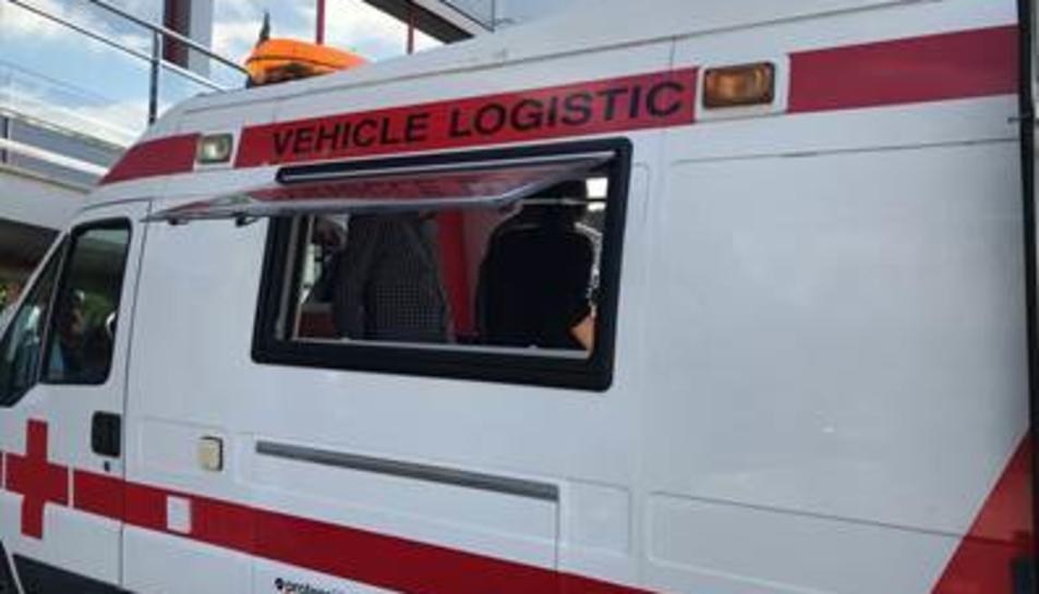 Imatge del nou vehicle logístic d'avituallament adquirit per la Creu Roja.