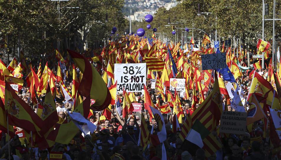 Els carrers de Barcelona s'han omplert de manifestants.