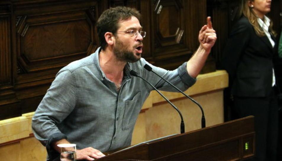 Albano-Dante Fachin, de Podem, durant la seva intervenció al Parlament, el 26 d'octubre del 2017.