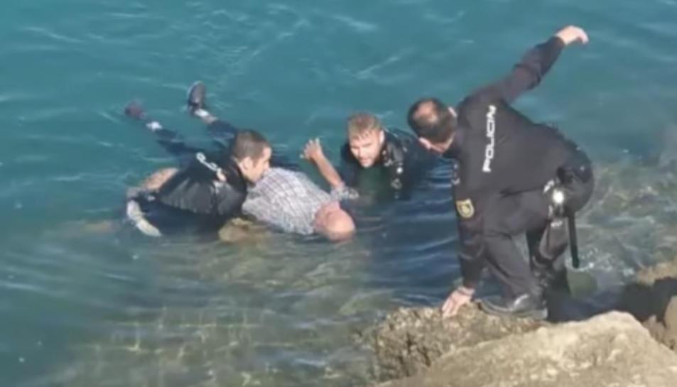 Imatge del moment del rescat.
