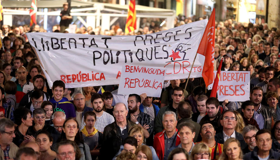 Concentracions a Tarragona contra l'empressonament del Govern català i els Jordis.