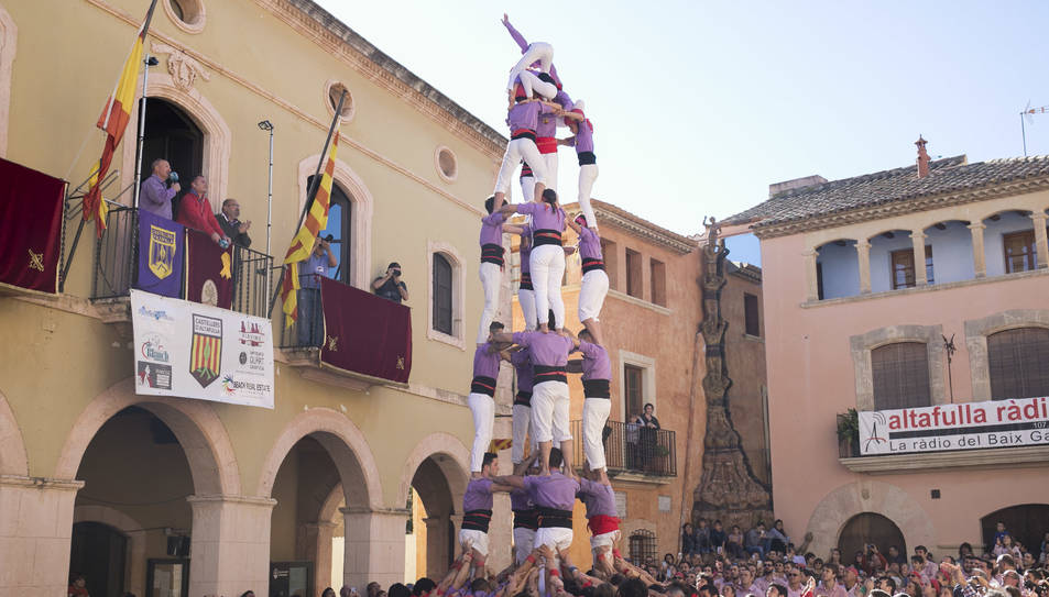 5de7 dels Castellers d'Altafulla a la diada de Sant Martí.