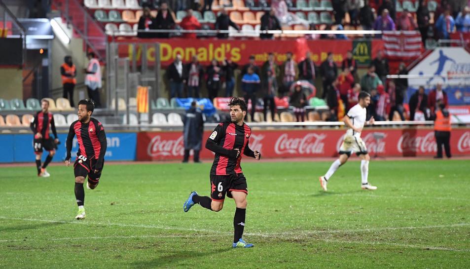 Vitor Silva, durant un moment del partit del seu retorn, en el qual va gaudir d'un quart d'hora incloent-hi el descompte.