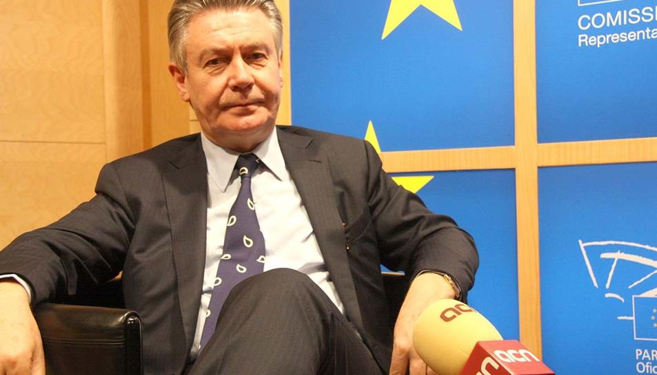 Karel de Gucht ha criticat el posicionament europeu davant la crisi catalana.