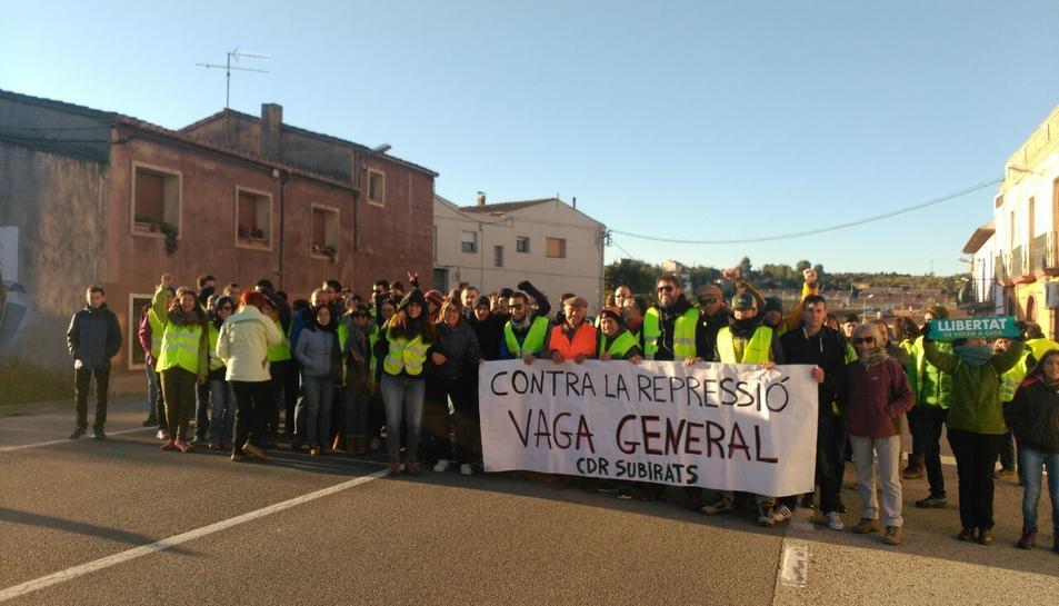 Algunas de las pancartas que se han visto por toda Cataluña