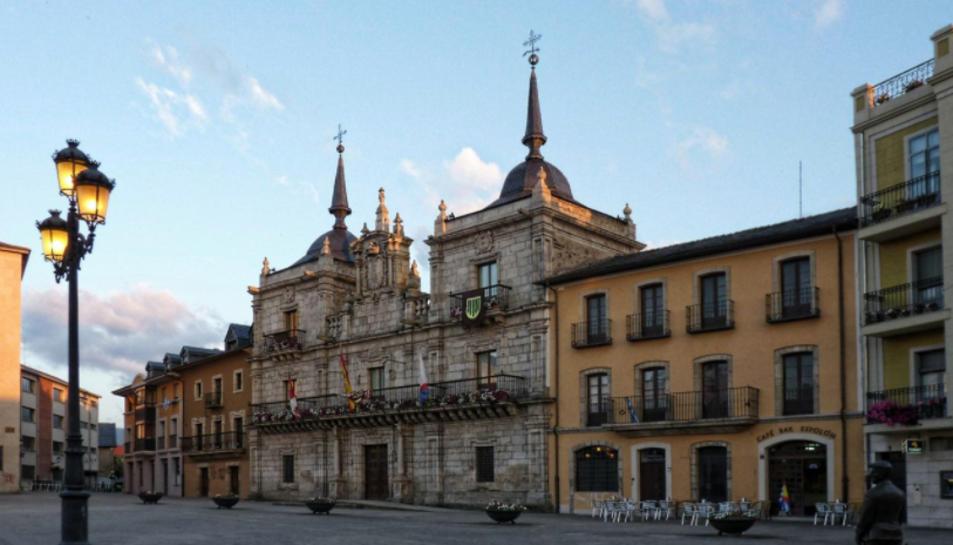 Imatge de la façana exterior de l'Ajuntament de Ponferrada.