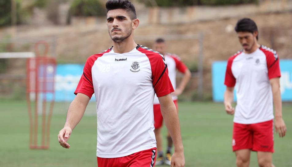 Sandro Toscano, durant un entrenament amb el Nàstic aquesta temporada a l'annex del Nou Estadi.