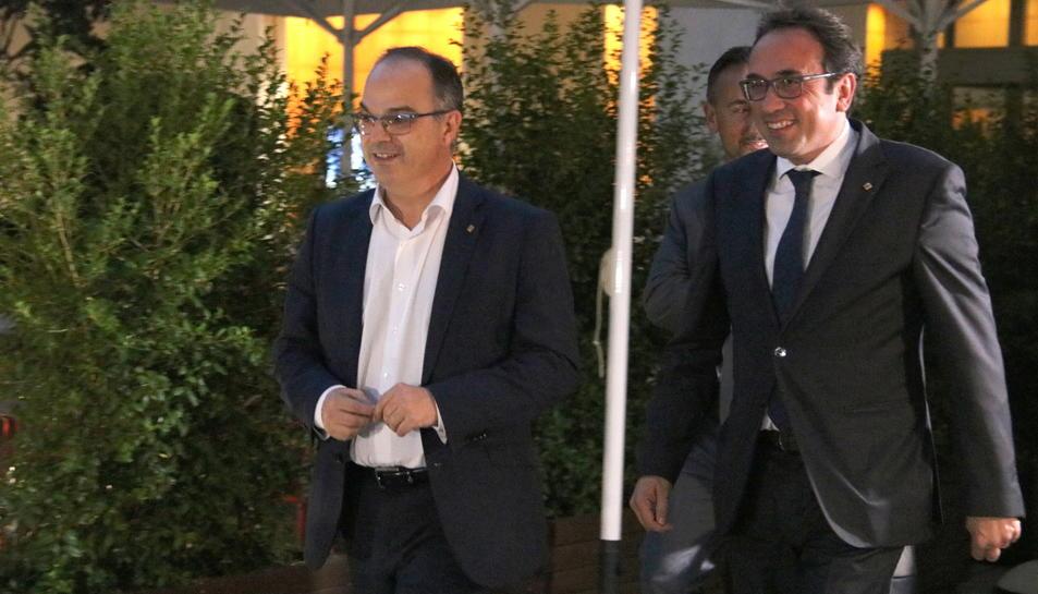 Imatge d'arxiu del conseller de Presidència i portaveu del Govern, Jordi Turull, amb el conseller de Territori, Josep Rul.