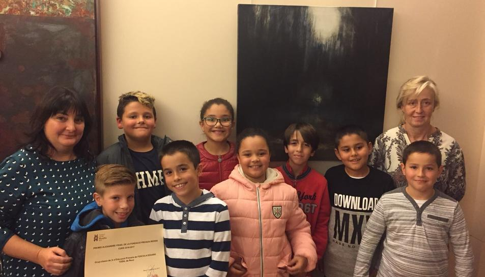 Els alumnes de 3r de l'Escola Eduard Toda que han estat premiats pel seu treball sobre Frias.