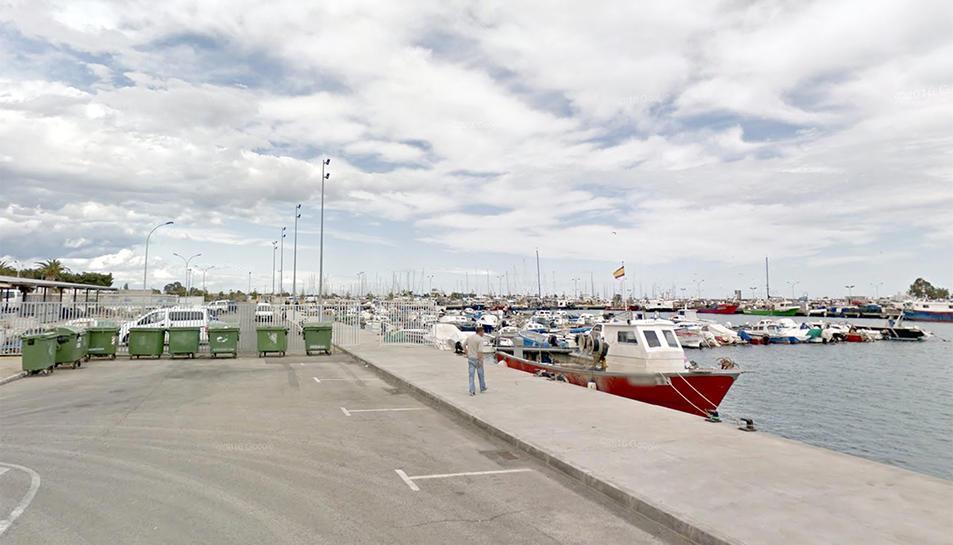 L'accident es va produir al moll de pescadors de Sant carles de la Ràpita.