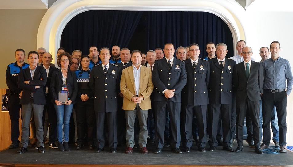 Imatge de les autoritats portuàries durant la celebració del Dia de la Policia Portuària.