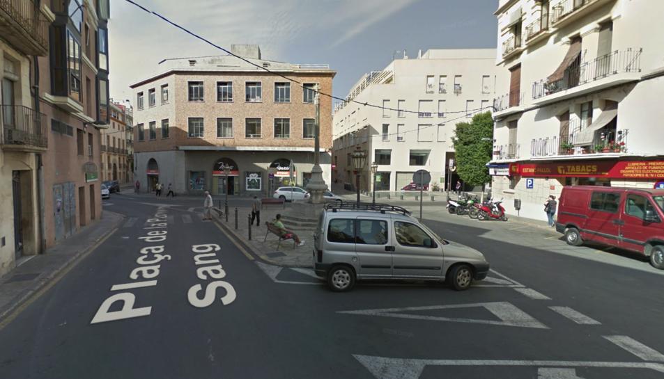 El trànsit de vehicles quedarà prohibit des de la plaça de la Sang, a través del raval del Pallol i del carreró de la Puríssima Sang.
