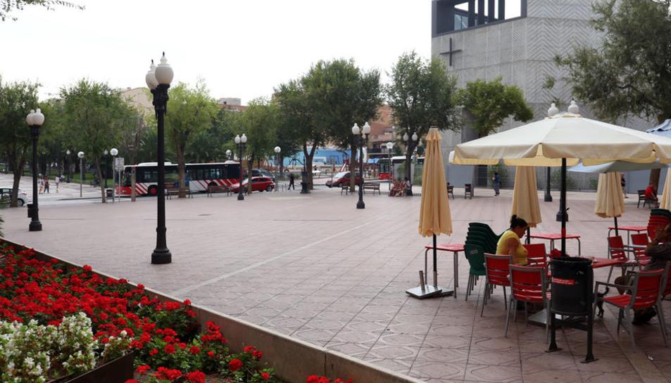 Imatge de la Plaça de la Constitució de Bonavista, on va ser detingut el lladre.
