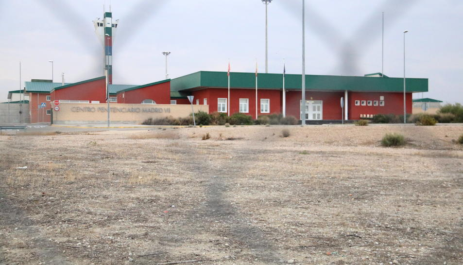 Imatge exterior del centre penitenciari d'Estremera, on han dormit set consellers destituïts.