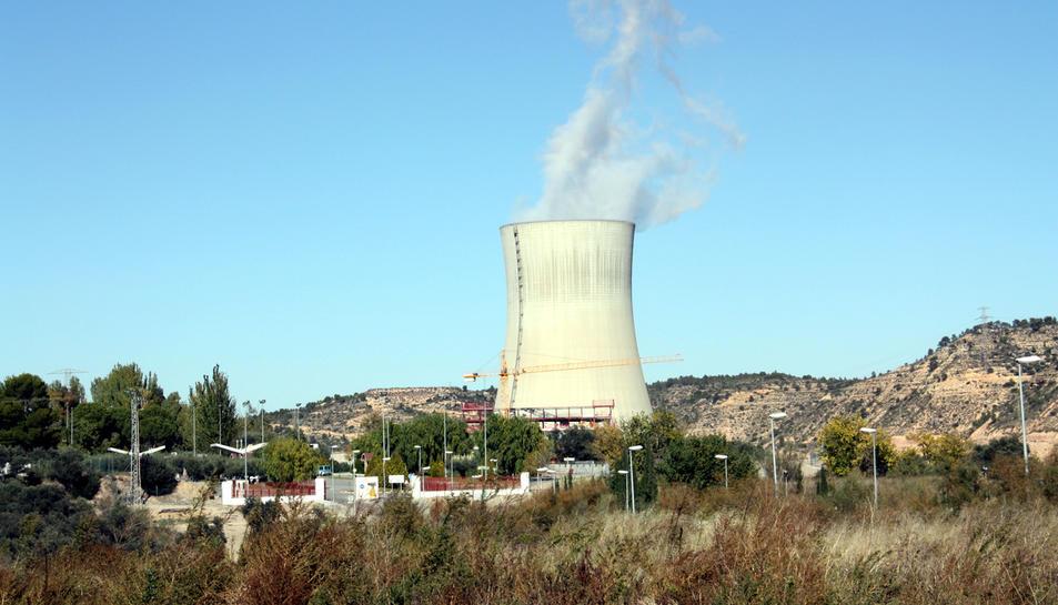 Vista general de la central nuclear d'Ascó.