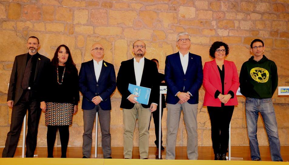 Foto dels set caps de llista a les eleccions del 21-D per Tarragona. D'esquerra a dreta, Eusebi Campdepadrós, Yolanda López, Òscar Peris, Alejandro Fernández, Matías Alonso, Rosa M. Ibarra i Xavier Milian. Imatge del 5 de desembre del 2017