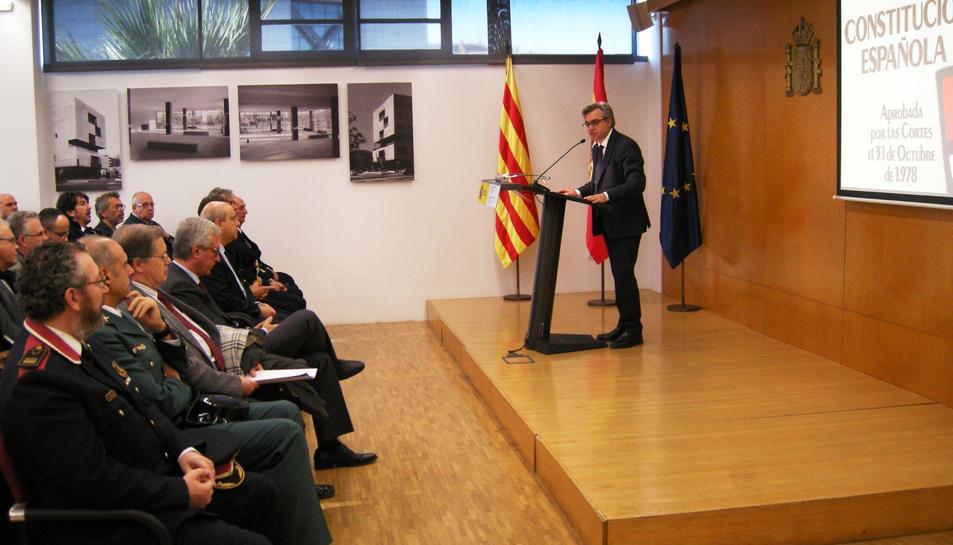 El subdelegat del Govern espanyol a Tarragona, Jordi Sierra, adreçant-se al públic.