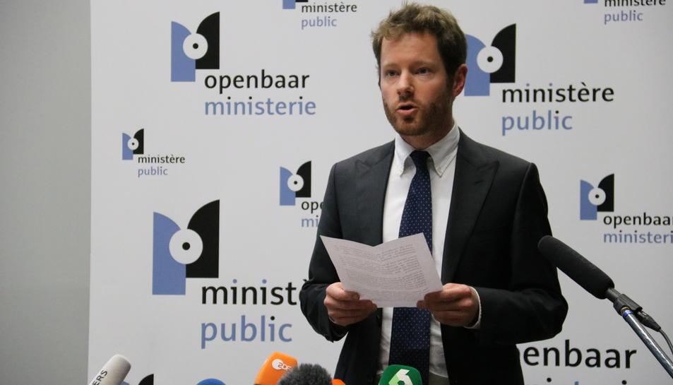 El portaveu de la Fiscalia de Brussel·les, Gilles Dejemeppe, durant una roda de premsa el 17 de novembre.