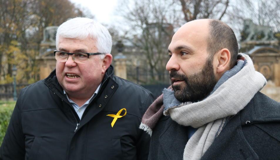 El vicepresident de l'ANC, Agustí Alcoberro, i el portaveu d'Òmnium, Marcel Mauri, a Brussel·les.
