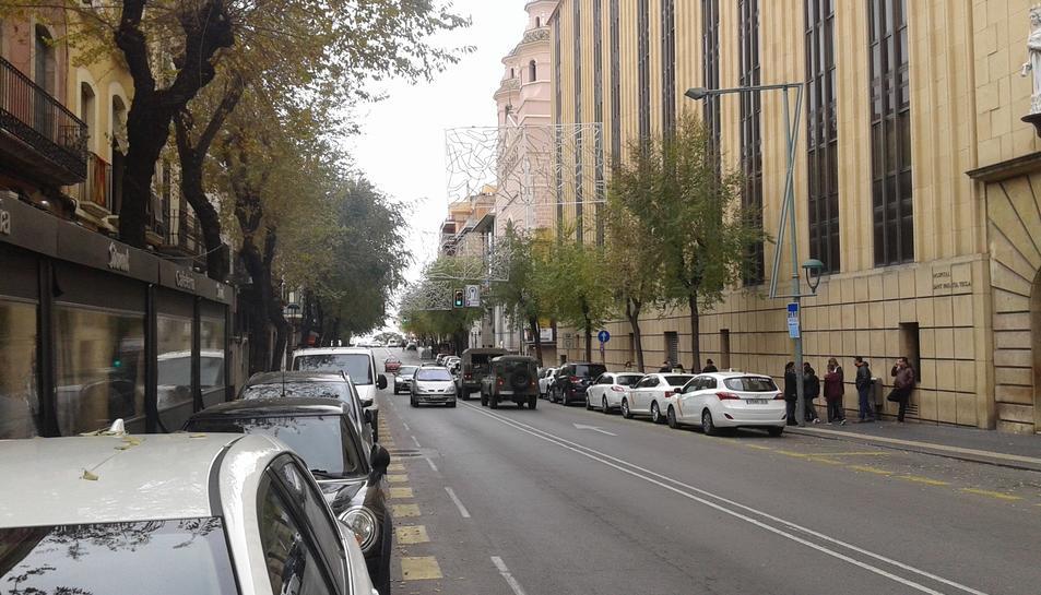 L'exèrcit espanyol ha circulat per la Rambla Vella.