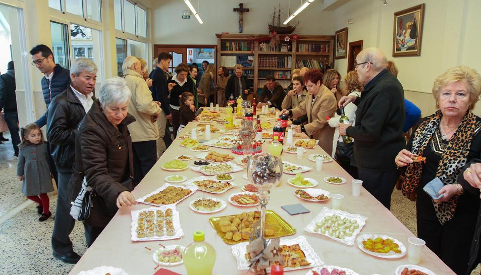 L'aperitiu va estar preparat per l'Associació Amics de Loreto.