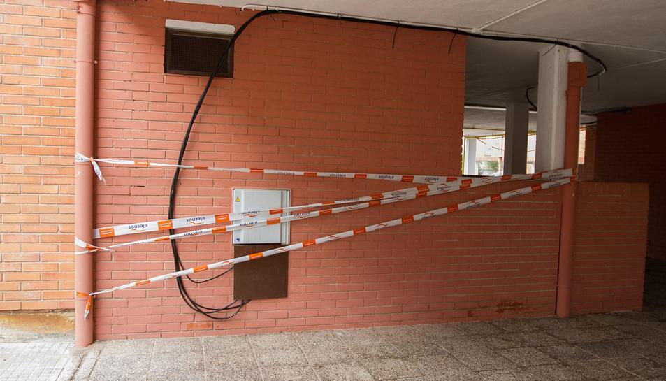 La instal·lació provisional posteriorment reparada per Endesa.
