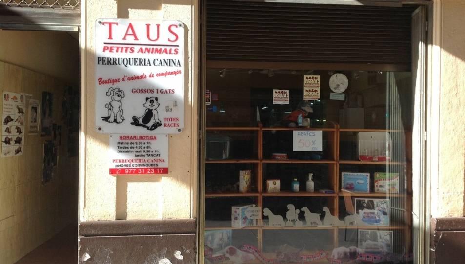 Obren un expedient a una botiga d'animals de Reus per incompliment de la Llei de Protecció Animal