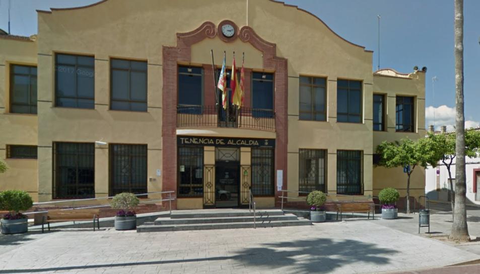 La dona va denunciar els fets a la Comissaria de Policia de Sagunt a les 20.30 hores del 5 de gener de 2015.