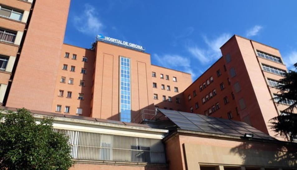 Foto de la façana de l'hospital Trueta de Girona.