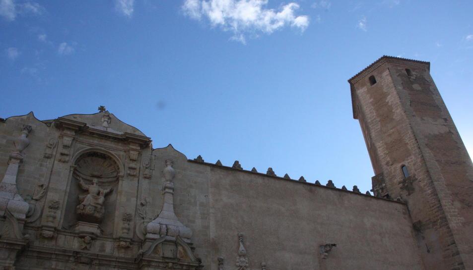 Imatge de la façana del monestir de Poblet.