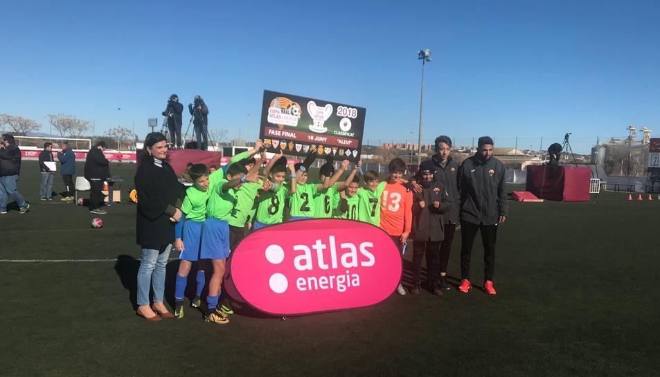 L'equip aleví del Santes Creus celebra la seva classificació per a la Fase Final del torneig.