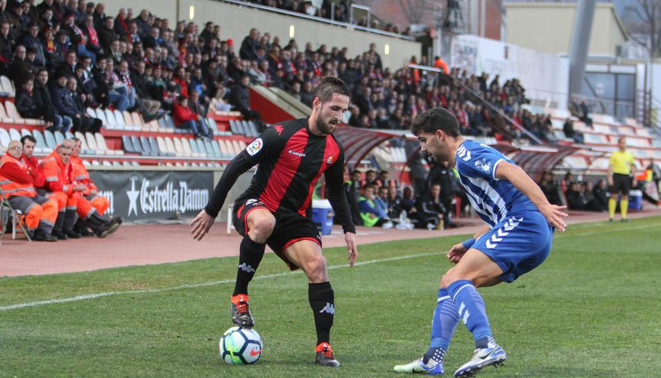 Miramón va reaparèixer contra el Lorca, un cop superada la lesió, i ho va fer com a titular.