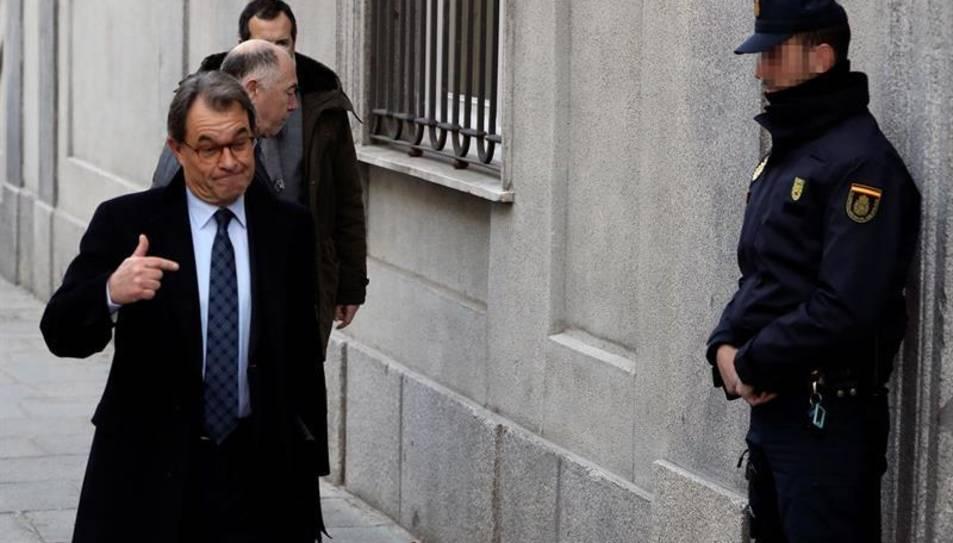 Imatge d'arxiu de l'expresident de la Generalitat i expresident del PDeCAT Artur Mas, arribant al Tribunal Suprem.