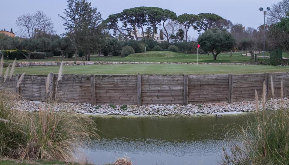 Una imatge d'arxiu dels camps de què disposa el Golf Aigüesverds de Reus.