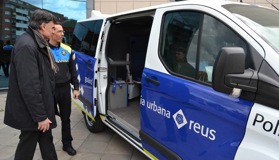 Imatge de la nova furgoneta d'atestats que ha adquirit la Guàrdia Urbana de Reus.