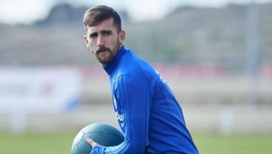 Alberto Benito, durant un entrenament amb el Zaragoza.