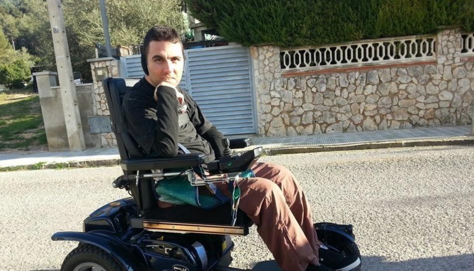 Bejarano té una discapacitat del 96% després de patir un accident laboral l'any 2006.