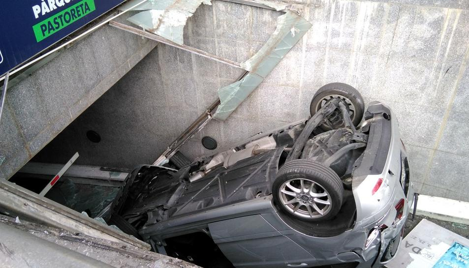 El conductor, de 40 anys, ha donat negatiu a la prova d'alcoholèmia i drogues
